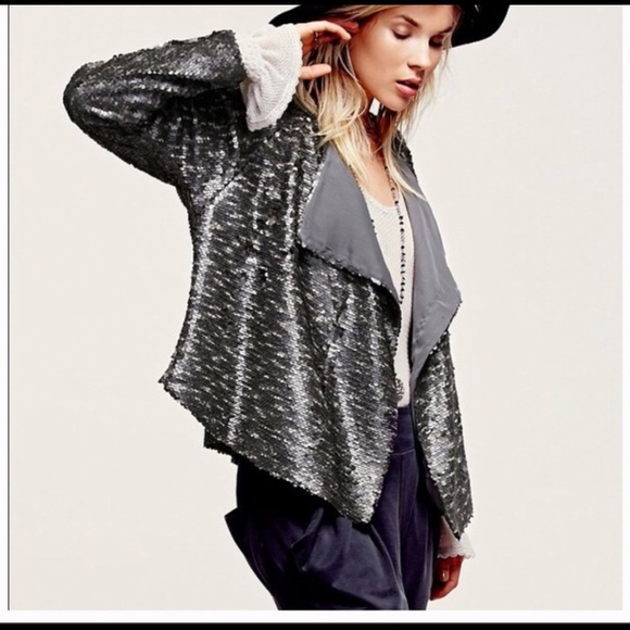 Free People Jackets & Blazers - Beautiful sequined blazer